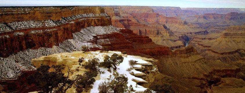 Two skydivers rescued near Grand canyon park